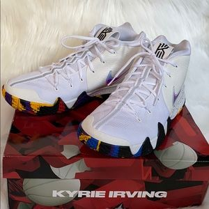NIKE KYRIE 4 March Madness/NCAA